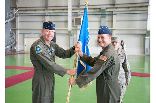 Sigonella: il Generale Steward si insedia alla NATO AGS Force