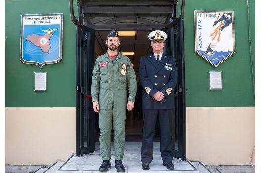41° Stormo- La Marina Militare di Augusta in visita al 41° Stormo di Sigonella