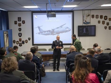 41° Stormo – Gli Addetti Aeronautici Esteri visitano l'Aeroporto di Sigonella