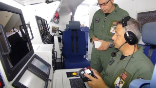 Operatori AM-MM a bordo P-72A