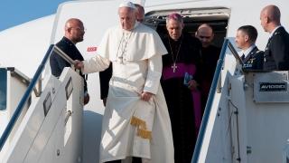 Sigonella l'arrivo di Papa Francesco in Sicilia (8)