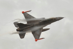 f16 in decollo
