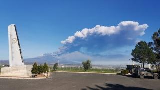 Sigonella-con-vista-nube-vulcanica